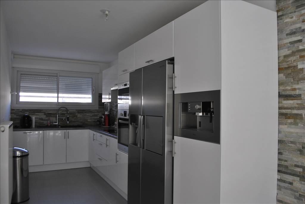 acheter appartement t4 avec terrasse en vefa carry le rouet 13620 cabinet canovas. Black Bedroom Furniture Sets. Home Design Ideas