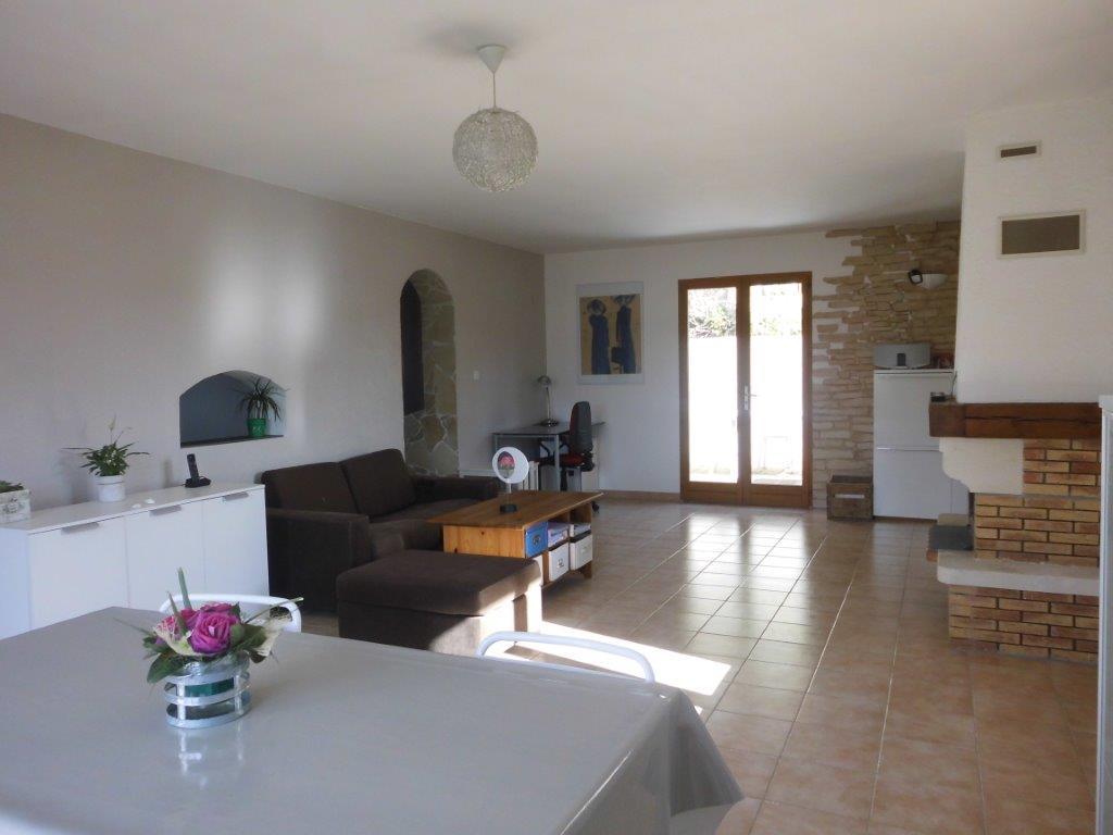 Vente villa t4 5 avec piscine et grand sous sol t5 13740 for Chambre 13 secte