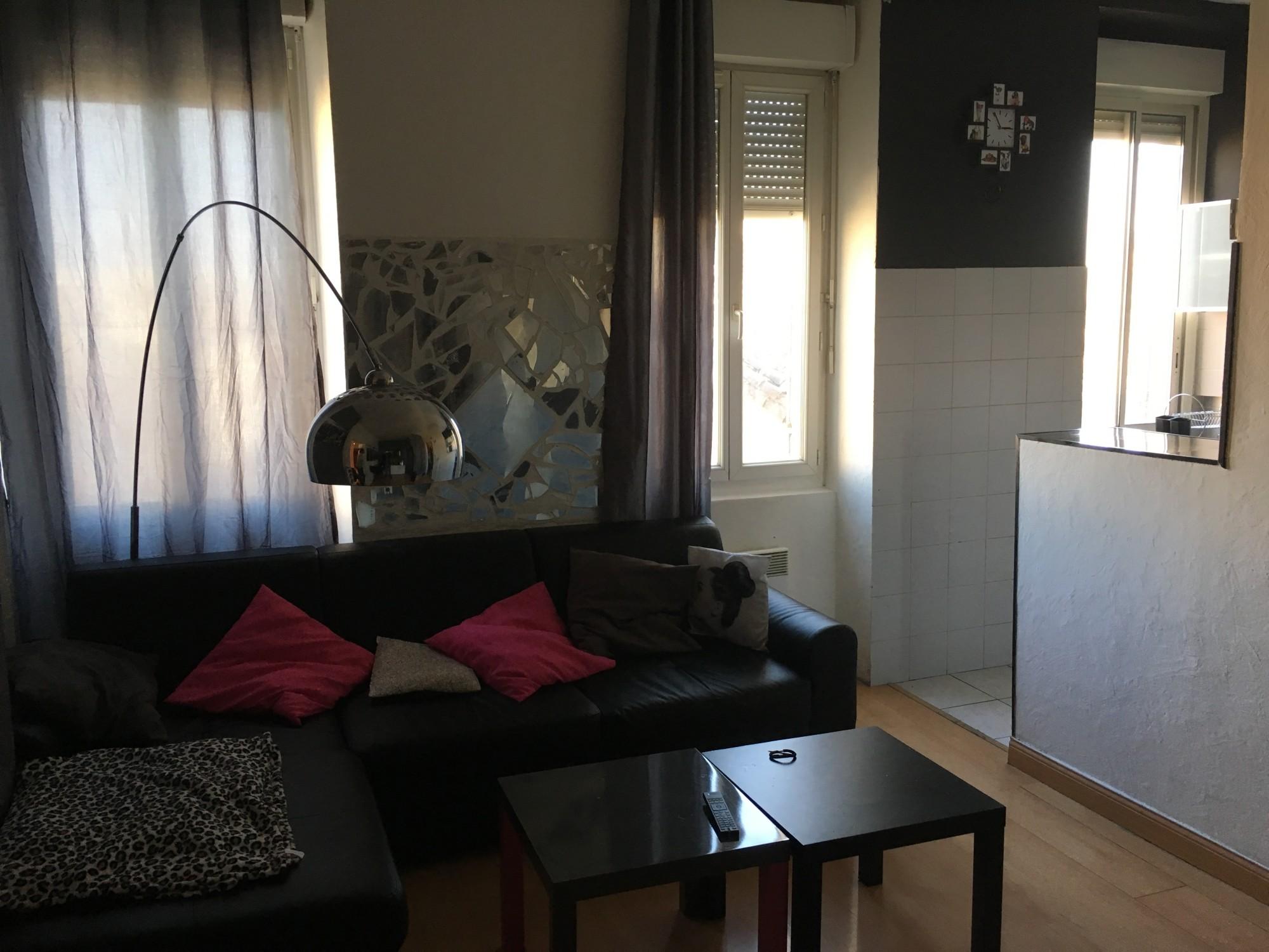 Vente bel appartement de type 2 de 47m avec grande for Appartement a acheter sur marseille