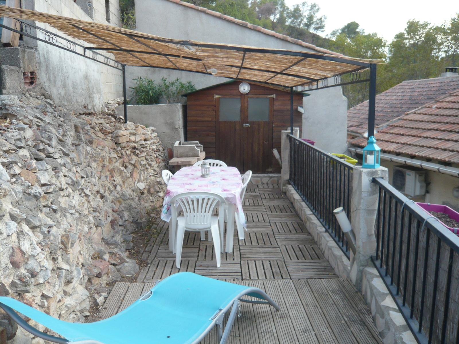 650f78d6681157 Vente T2 Marseille 13016 Hauteurs de l Estaque Duplex. Excellent état.  Terrasse