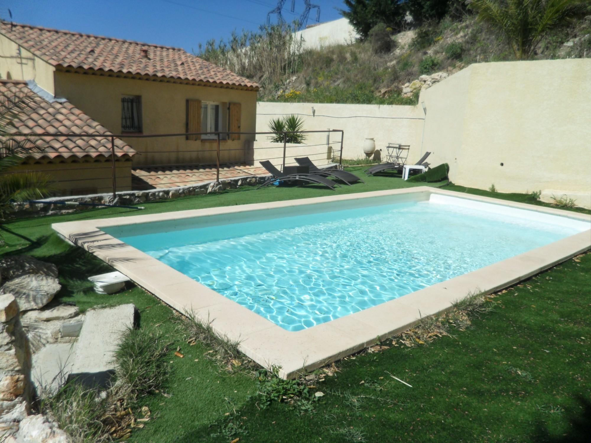 Marseille acheter villa t4 f4 marseille 15eme le mont d 39 or lotissement priv s curis avec for Prix grande piscine