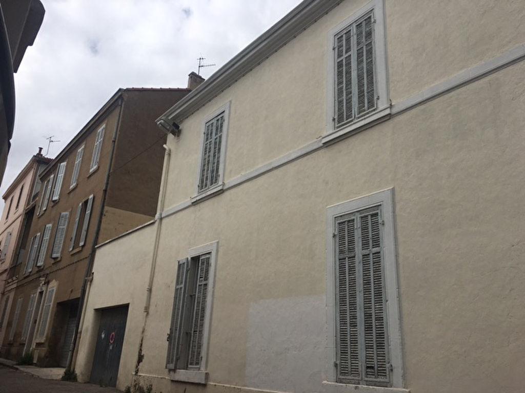 marseille acheter maison de village t7 f7 saint andr grand garage terrasse possibilit deux. Black Bedroom Furniture Sets. Home Design Ideas