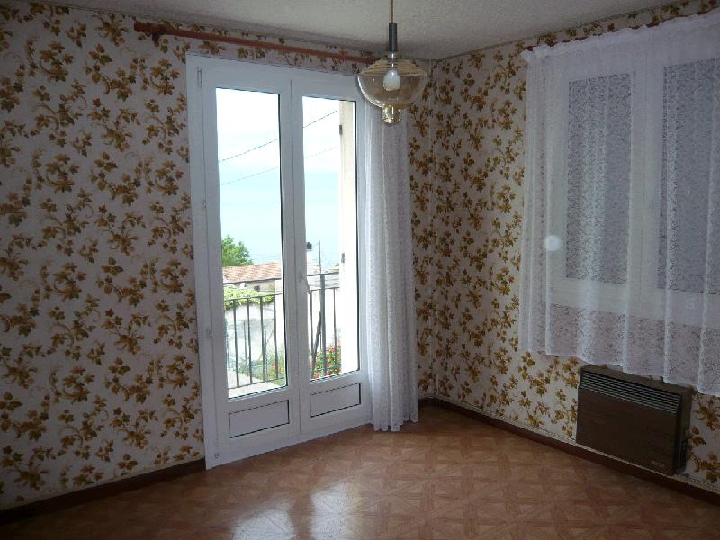 acheter a vendre maison marseille 16 eme 4 pi ces 3 chambres vue mer jardin garage cabinet. Black Bedroom Furniture Sets. Home Design Ideas