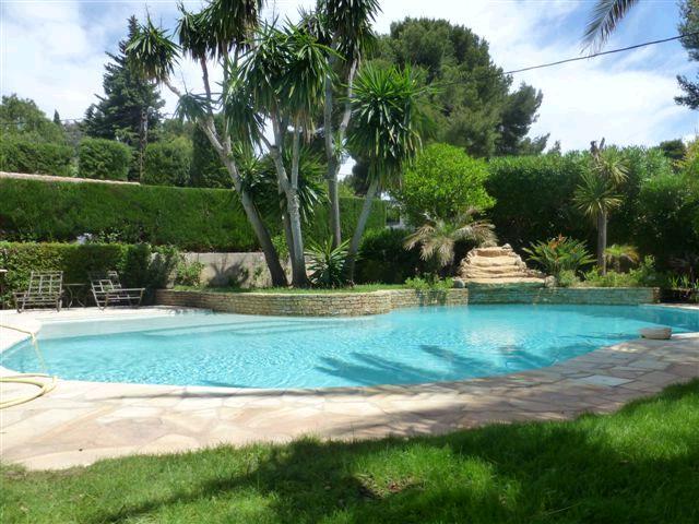acheter propriete d 39 exception villa t7 piscine cuisine d 39 ete terrasses garage terrain paysage. Black Bedroom Furniture Sets. Home Design Ideas