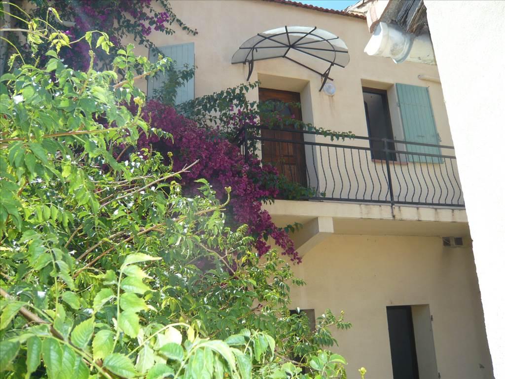 Acheter maison 2 appartements t2 t3 avec cour garage vue for Maison avec appartement