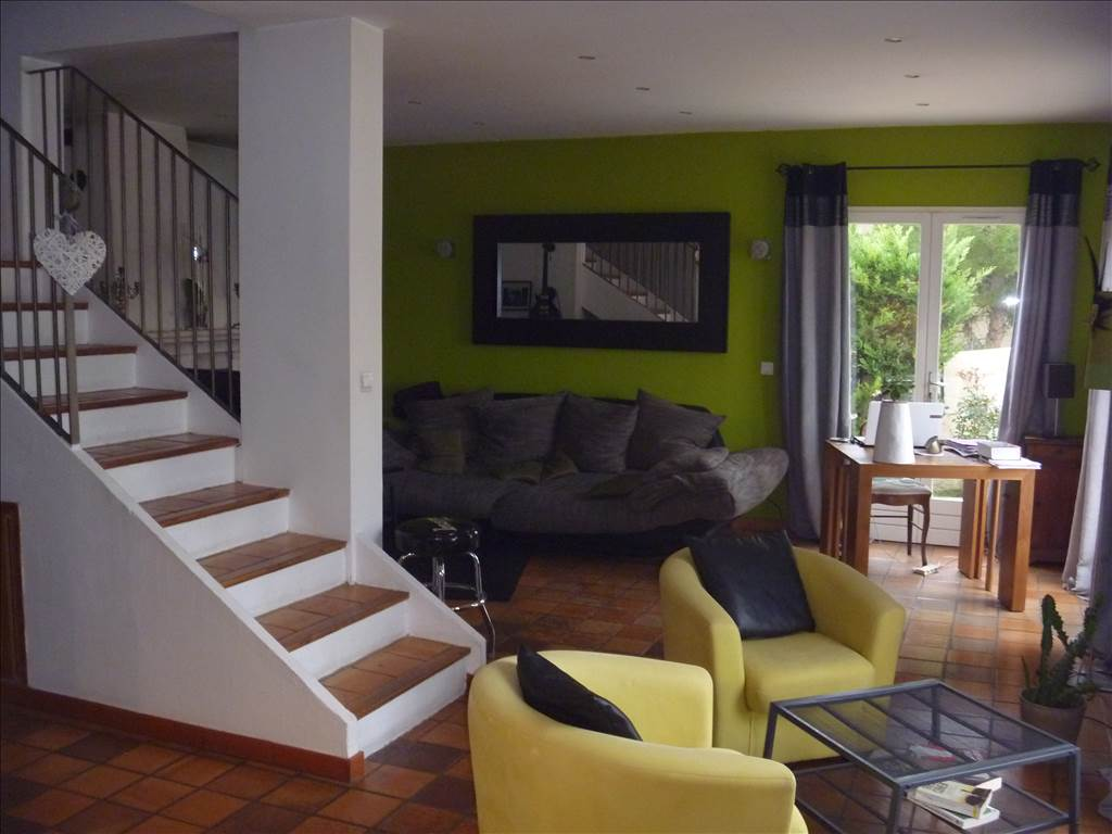 Vente Villa T7 Ensues La Redonne, t4 + t2 indépendant, piscine, au calme, possibilité location saisonniere