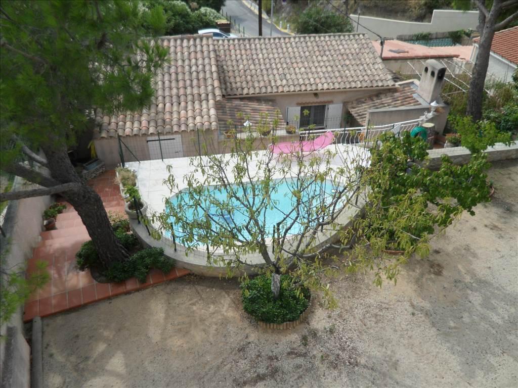 Vente Maison à vendre calanque de Niolon  avec vue sur mer et piscine
