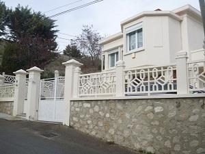 Vente maison T6 septemes les vallons village  2 appartements de type 3, terrain plat, garage, centre ville