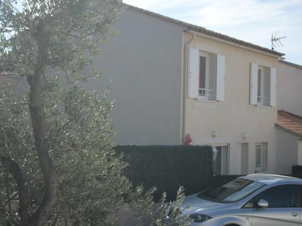 Vente Belle maison de type 4 avec terrain clôturée de 244 m² environ 13740 LE ROVE