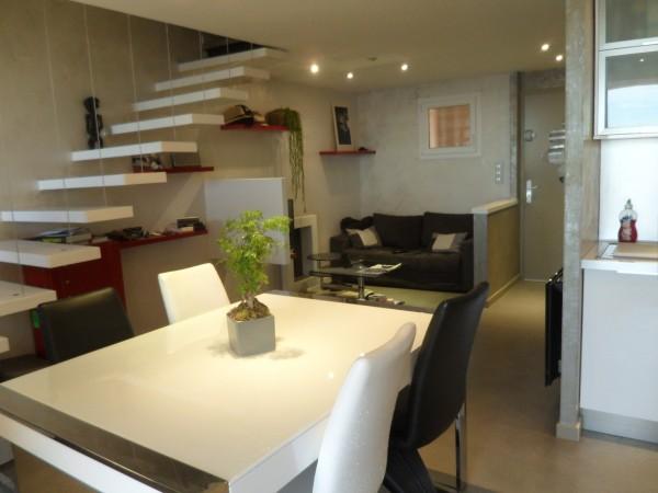 Vente Très bel appartement entièrement rénové avec vue mer 13960 SAUSSET LES PINS
