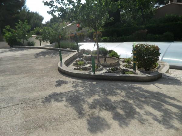 Vente Villa traditionnelle T6 Carry le Rouet parc privé jardin et piscine