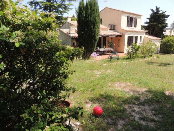Vente villa T4 ensues la redonne construction traditionnelle sur 1000m² de terrain