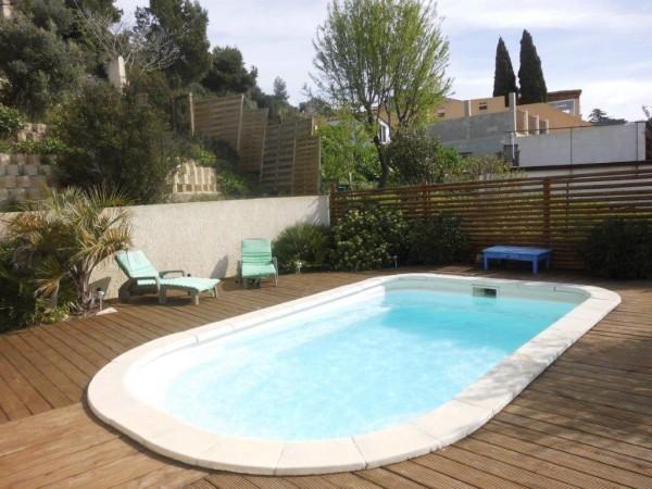 Vente Villa t4/5 avec piscine et grand sous-sol T5 13740 Belle vue dégagée
