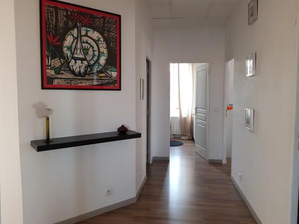 Vente Appartement atypique  T5 13015 Coproriété mixte