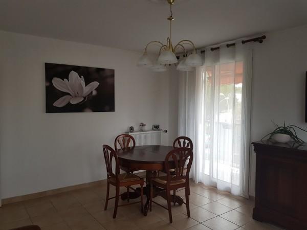 Vente appartement de type 3 avec balcon et loggia T3 13010 marseille Castel Roc Bas