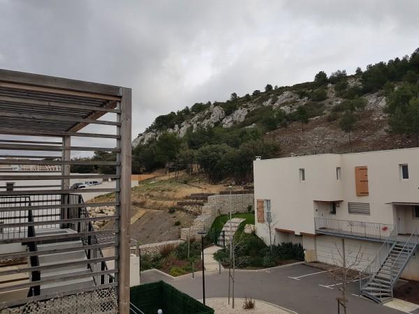 Vente T2 avec terrasse et parkings T2