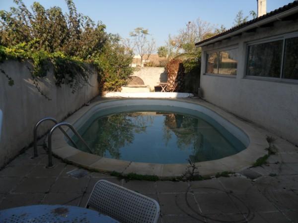 Belle propritété T5 Marignane Signore Plain pied avec piscine dans une impasse calme