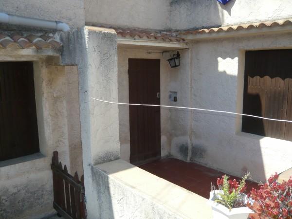 Appartement T3 Marseille 13016 Saint-André  cour dans petite copropriété