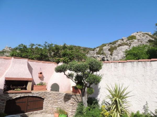 villa T5 LE ROVE terrain arboré dans secteur calme et recherché